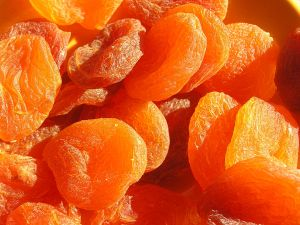 apricots dried 1